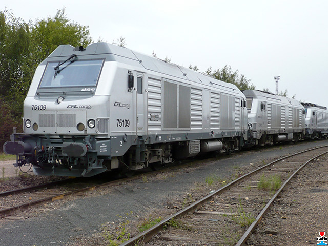 Tansformer une Série 75000 Akiem en CFL Cargo P1010882